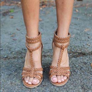 Qupid braided heels